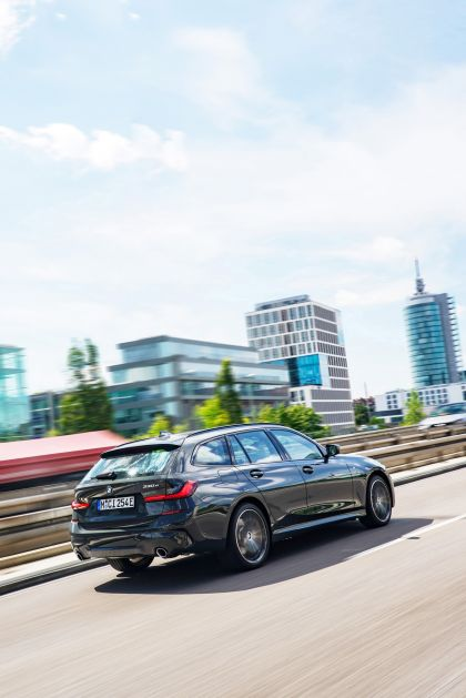 2021 BMW 330e ( G21 ) Touring 6
