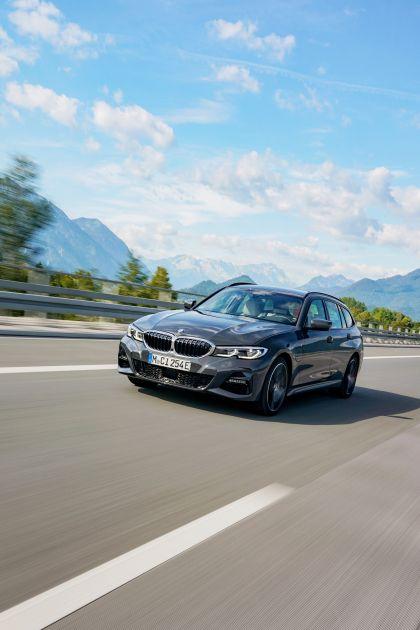 2021 BMW 330e ( G21 ) Touring 7