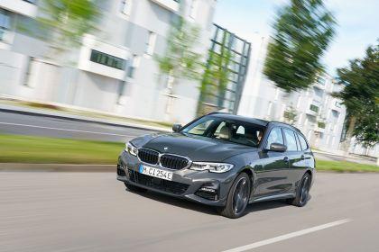 2021 BMW 330e ( G21 ) Touring 10