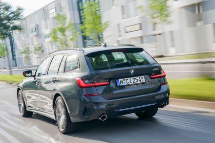 2021 BMW 330e ( G21 ) Touring 11