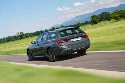 2021 BMW 330e ( G21 ) Touring 12