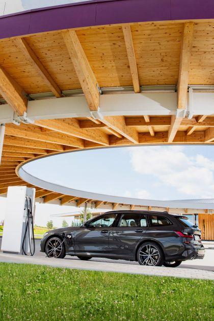 2021 BMW 330e ( G21 ) Touring 19