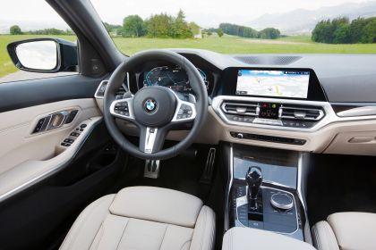 2021 BMW 330e ( G21 ) Touring 27