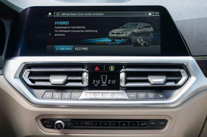 2021 BMW 330e ( G21 ) Touring 30
