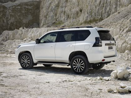 2021 Toyota Land Cruiser 63