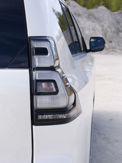 2021 Toyota Land Cruiser 76