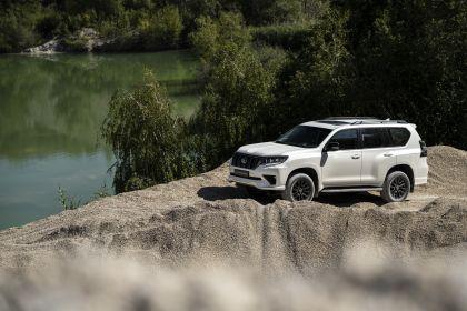 2021 Toyota Land Cruiser Prado 40