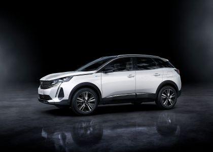 2021 Peugeot 3008 Hybrid4 6