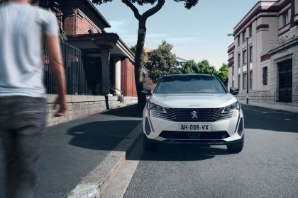 2021 Peugeot 3008 Hybrid4 13