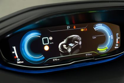 2021 Peugeot 3008 Hybrid4 22