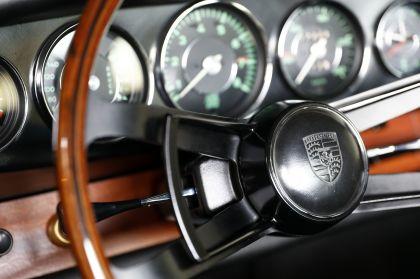 1964 Porsche 901 30