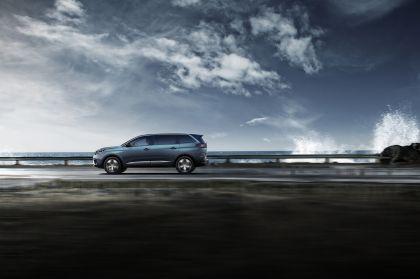 2021 Peugeot 5008 11