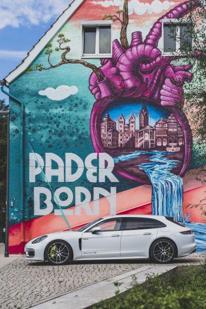 2021 Porsche Panamera 4S E-Hybrid Sport Turismo 9