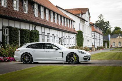 2021 Porsche Panamera 4S E-Hybrid Sport Turismo 15
