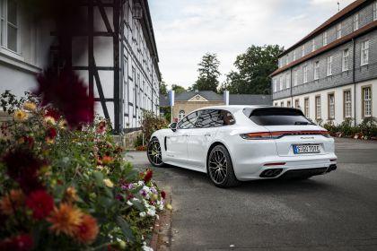2021 Porsche Panamera 4S E-Hybrid Sport Turismo 21