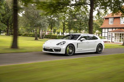 2021 Porsche Panamera 4S E-Hybrid Sport Turismo 33