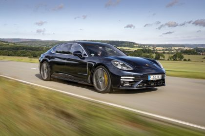 2021 Porsche Panamera Turbo S Executive 10