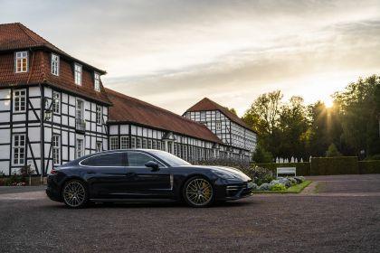 2021 Porsche Panamera Turbo S Executive 17