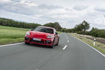 2021 Porsche Panamera GTS 21