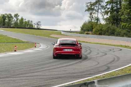 2021 Porsche Panamera GTS 32