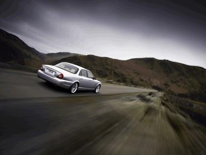 2008 Jaguar XJ8 UK version 3
