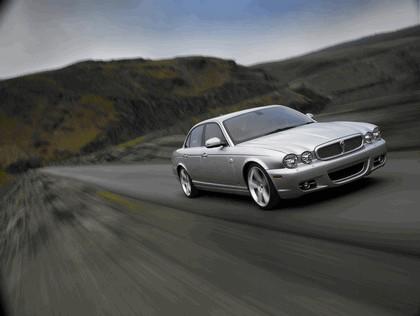2008 Jaguar XJ8 UK version 5