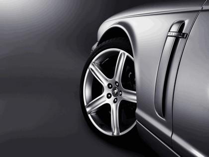 2008 Jaguar XJ8 UK version 17