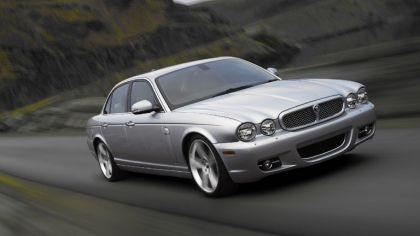 2008 Jaguar XJ8 UK version 5
