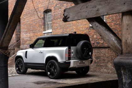 2021 Land Rover Defender 90 5