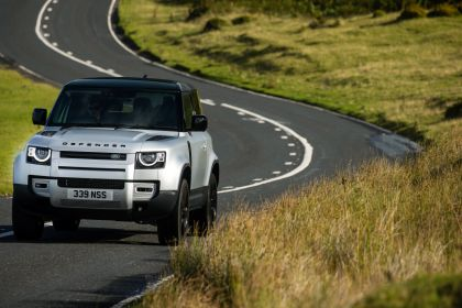 2021 Land Rover Defender 90 23