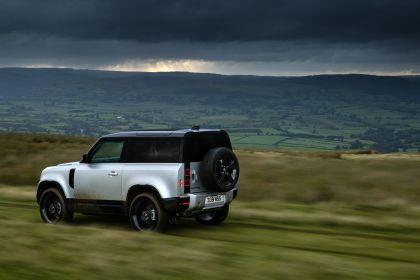 2021 Land Rover Defender 90 24