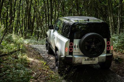 2021 Land Rover Defender 90 30