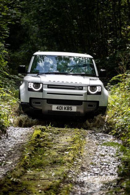 2021 Land Rover Defender X-Dynamic 9