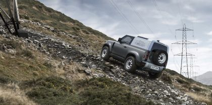 2021 Land Rover Defender 90 Hard Top 3