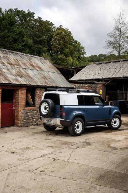 2021 Land Rover Defender 110 Hard Top 9