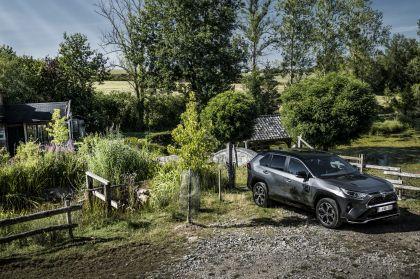 2020 Toyota RAV4 Plug-in Hybrid 4
