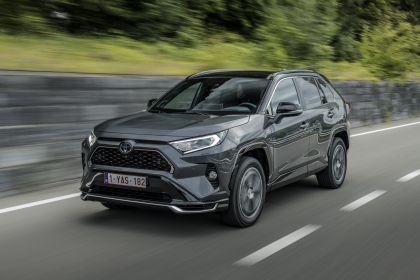 2020 Toyota RAV4 Plug-in Hybrid 13