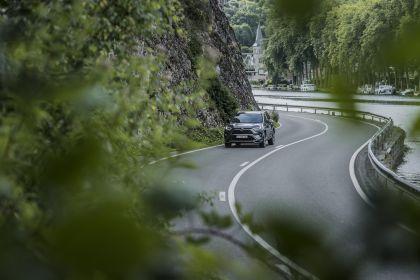 2020 Toyota RAV4 Plug-in Hybrid 19
