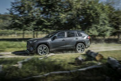 2020 Toyota RAV4 Plug-in Hybrid 70