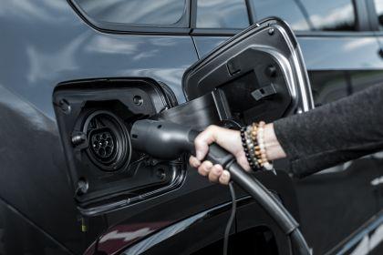 2020 Toyota RAV4 Plug-in Hybrid 103