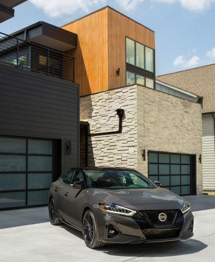 2021 Nissan Maxima 40th Anniversary Edition 2
