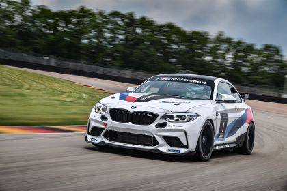 2020 BMW M2 ( F87 ) CS Racing 11