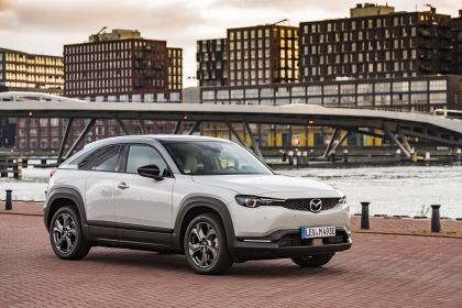 2021 Mazda MX-30 - UK version 55