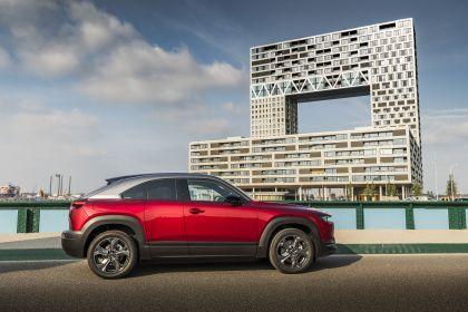 2021 Mazda MX-30 - UK version 101