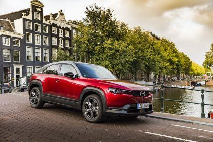 2021 Mazda MX-30 - UK version 109