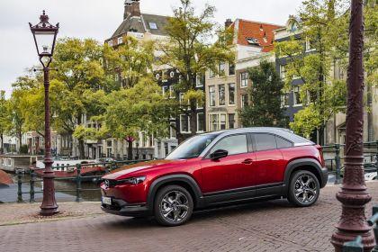 2021 Mazda MX-30 - UK version 110