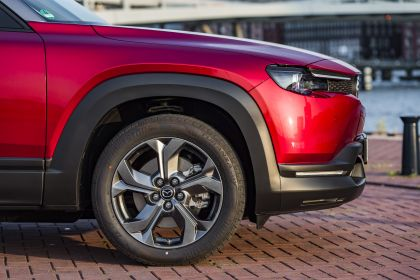 2021 Mazda MX-30 - UK version 181