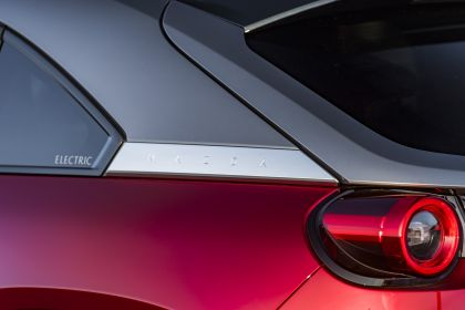 2021 Mazda MX-30 - UK version 185