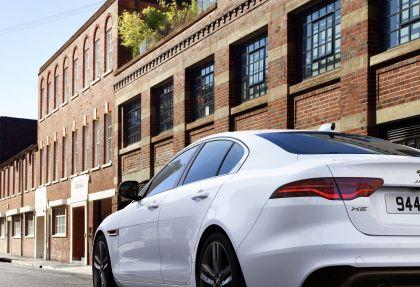 2021 Jaguar XE 11