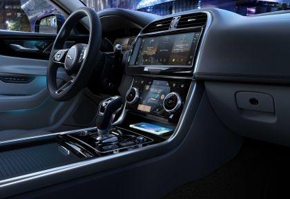 2021 Jaguar XE 19